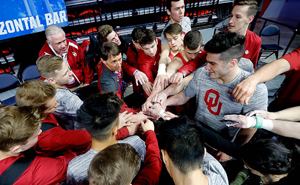 Oklahoma, Michigan post top semifinal scores at men's NCAA Championships