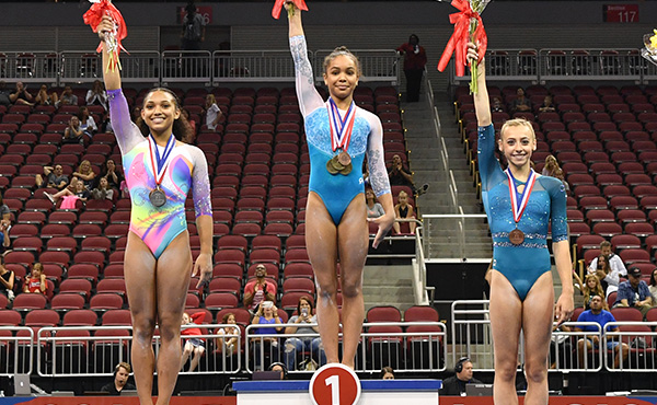 With beaming finish, McClain claims first junior U.S. Classic title