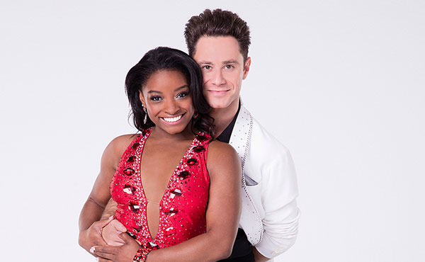 Biles Debuts on Dancing with the Stars